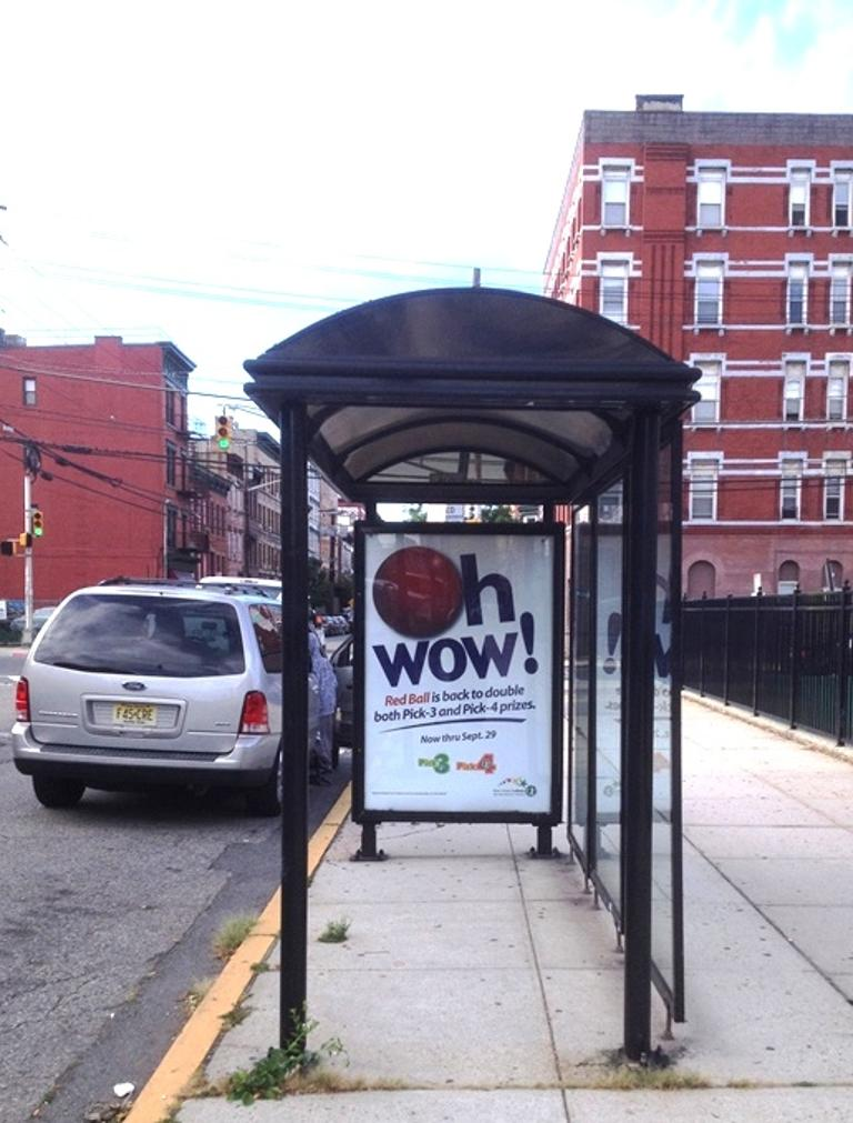 Transit & Bus Shelter Advertising @ Willow Ave & 11th St
